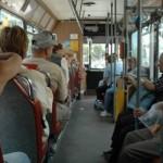 Consiliul Local Aiud a aprobat acordarea de facilităţi la transportul public pentru mai multe categorii sociale și profesionale