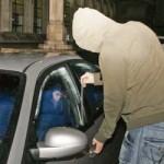 Un tânăr din Aiud supectat că ar fi furat un autoturism Dacia este cercetat de polițiști
