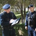 Doi tineri beți au fost amendați de jandarmi după ce au vrut să ia la bătaie chelnerii unui local public din Aiud