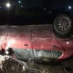 Un șofer aflat în stare avansată de ebrietate s-a răsurnat cu mașina pe drumul de lângă Spitalul Neuropsihiatric din Galda de Jos