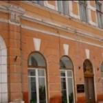 """Vechea clădire a Centrului Cultural """"Liviu Rebreanu"""" din Aiud va intra în reparaţii capitale"""