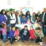 Îşi donează indemnizaţia de consilier copiilor de romi