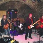 Concert rock, dar de Moş Nicolae, la Aiud