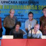 """În cadrul Festivalul Internaţional de Artă din Malaezia a fost semnat un parteneriat între """"Inter Art"""" Aiud şi """"Sasaran Arts"""""""
