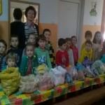 Preșcolarii și cadrele didactice de la Grădinița Nr. 2 din Aiud au donat peste 200 Kg de legume și fructe pentru copii și bătrâni aflați în dificultate