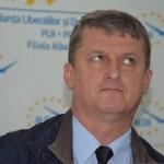 """Ladislau Koble, ALDE: """"Mi-ar plăcea să-i întreb pe Dan Simedru și pe Alexandru Pereș câte proiecte cu caracter liberal au inițiat în Parlament"""""""