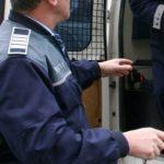 Poliţiştii din Aiud l-au reţinut pe un bărbat care a încălcat ordinul de protecţie şi şi-a ameninţat soţia, cu care este în proces de divorţ