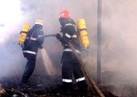 Incendiu la un depozit de fier vechi situat între Aiud și Gâmbaș