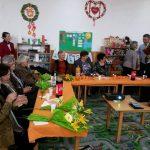 Dăscălițele de ieri și de azi sărbătorite cu ocazia Zilei Internaționale a Femeii de elevii Școlii Gimnaziale din Livezile