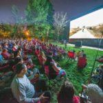 Municipalitatea din Aiud cheltuieşte 20.000 de lei pentru proiecţie de film în aer liber