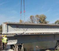 Podul ridicat peste râul Mureș, între DN 1 și Rădești, este finalizat în proporție de 80%