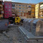 Primăria Aiud a montat prima platformă subterană de colectare a deșeurilor din municipiu